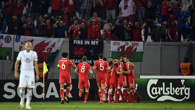 Lawrence strike secures victory for Wales to boost qualification hopes