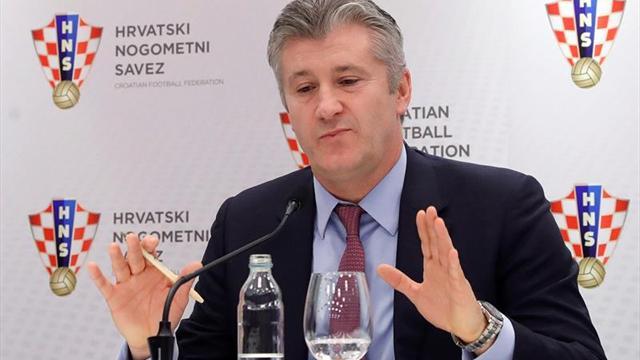 Suker defiende la destitución de Cacic ante el encuentro decisivo de Croacia