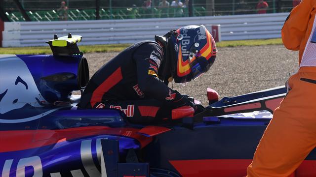 Amarga despedida de Carlos Sainz de Toro Rosso: Abandono en la primera vuelta en Suzuka