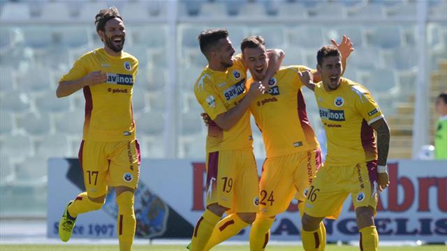 Il Cittadella dà un dispiacere a Zeman: 2-1 al Pescara firmato Adorni e Siega