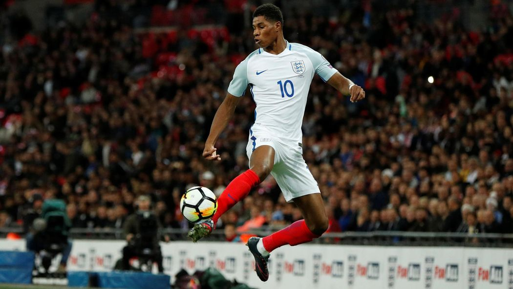 Marcus Rashford is the only England star playing without fear ... on