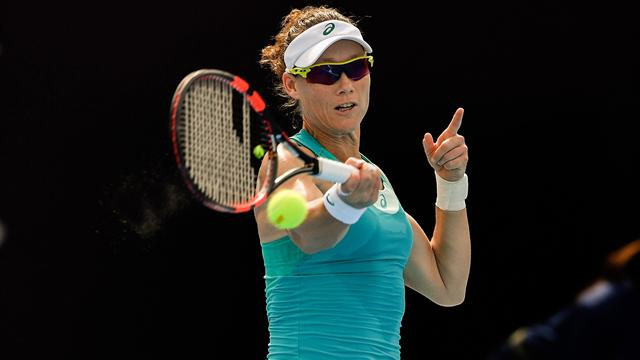 WTA HONG KONG - Wozniacki and Radwanska, what a start!