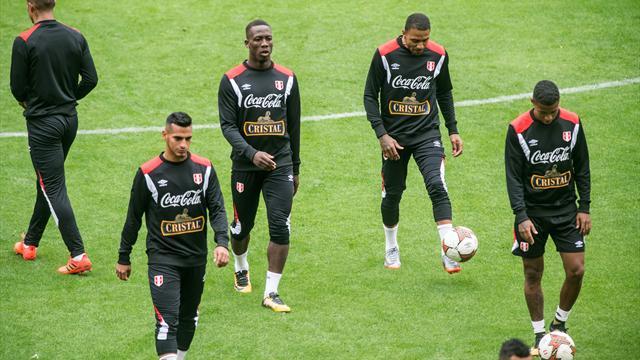Нечестный футбол: СМИ обвинили перуанцев иколумбийцев в«договорняке»