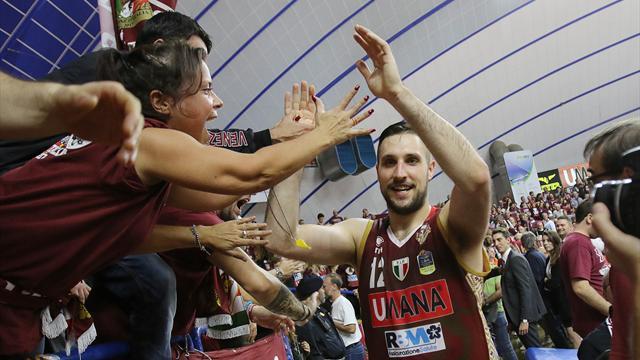 Venezia ancora prima, Avellino recrimina in Grecia. Storica vittoria di Capo d'Orlando in Lettonia
