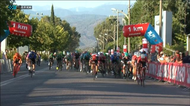 Tour de Turquía: Llegada al esprint de Sam Bennett para lograr su doblete