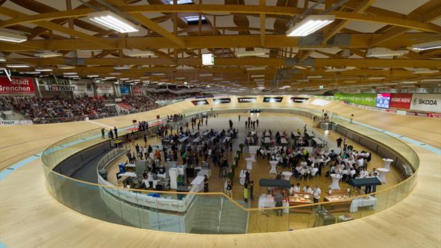 Weltrekordversuch: 24h im Bahnoval - Strasser träumt von 1000km