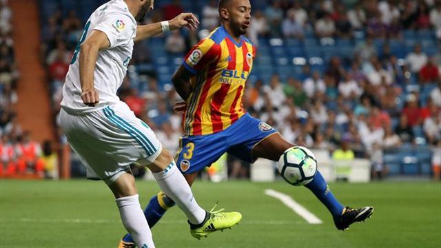 Valencia trepó al segundo lugar con goleada ante el Betis