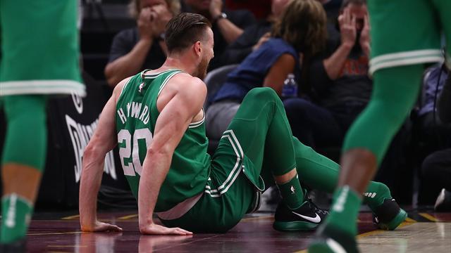 Баскетболист Хэйуорд получил перелом щиколотки вдебютном матче за«Бостон»
