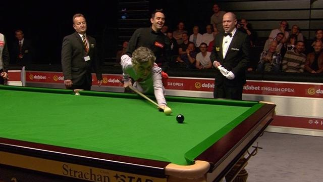 Ronnie O'Sullivan deals with intruder in amazing fashion