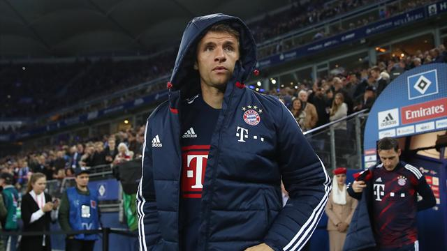 Bayern's Muller out for three weeks with muscle injury