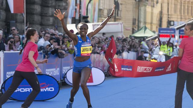 Joyciline Jepkosgei améliore encore le record du monde du semi-marathon
