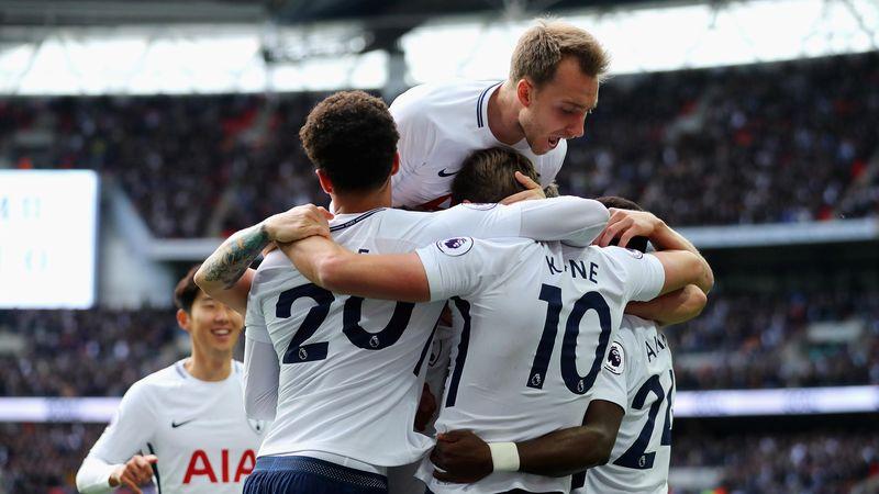 Harry Kane of Tottenham Hotspur celebrates scoring his sides first goal with his Tottenham Hotspur team mates