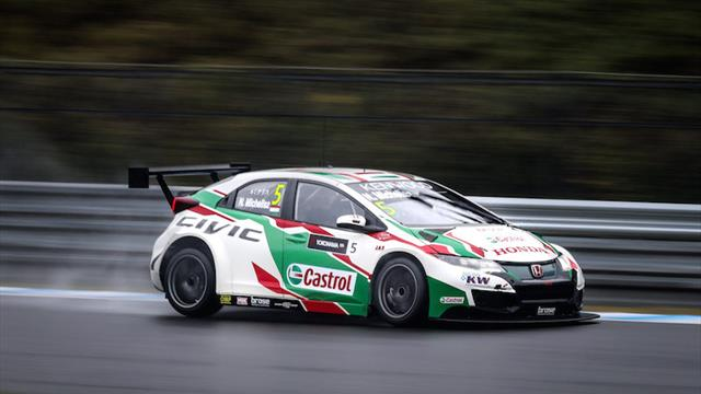 WTCC Qualifying flash: Michelisz claims pole