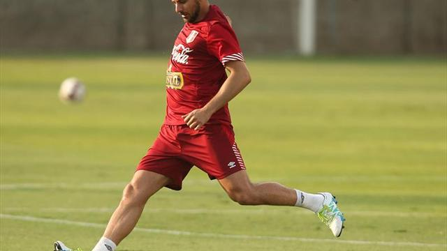 Oblitas no le ve sentido a discutir si Pizarro debe ir al Mundial con Perú