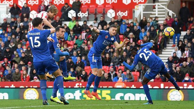 Crouch offre un point à Stoke contre Leicester