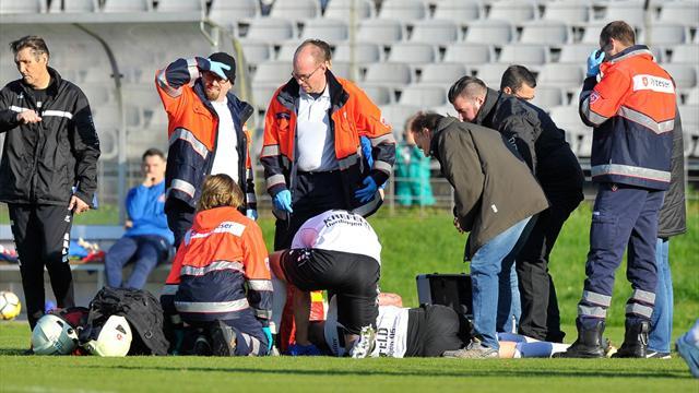 Skandalös! Sanitäter lassen schwer verletzten Spieler in Stich