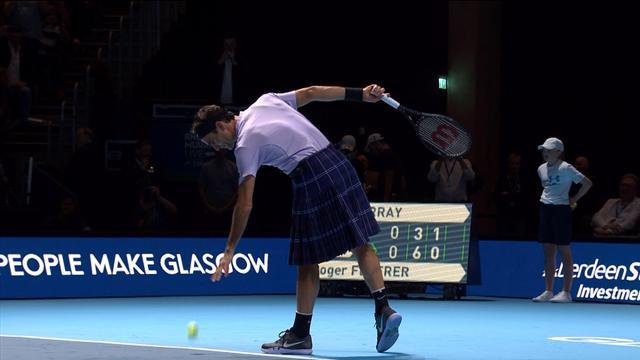 Federer entertains Scottish fans by donning kilt