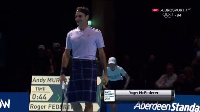 Roger Federer diventa McFederer: in campo con il kilt contro Andy Murray