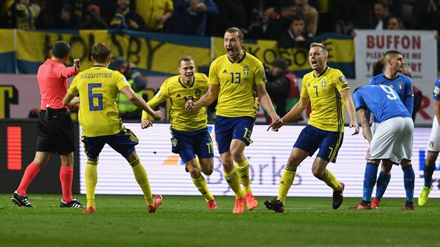 Sweden take play-off lead over poor Italy
