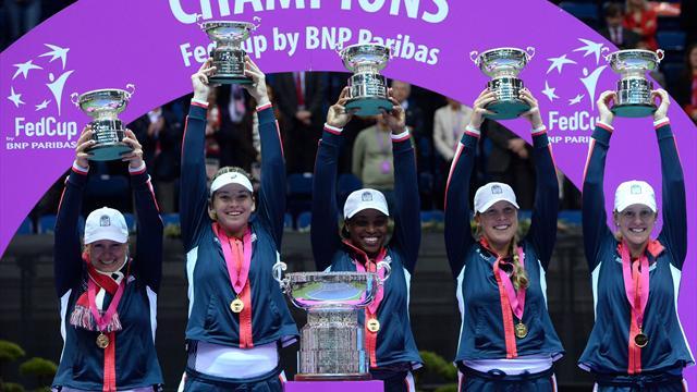 U.S. clinch title in decisive doubles match