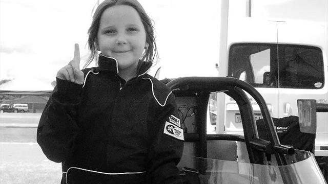 Tragischer Unfall: Achtjährige stirbt bei Dragster-Event