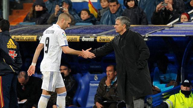 "Benzema frenó a Mourinho: ""Se me fue la olla cuando me llamó gato..."""