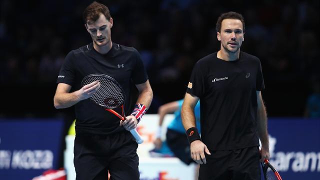 Jamie Murray suffers defeat in Tour finals opener