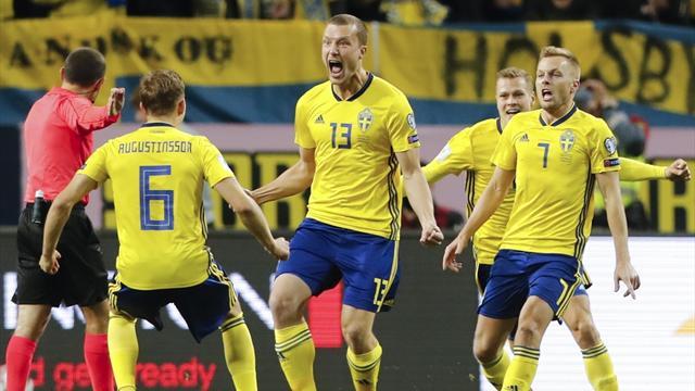 """İsveçli futbolcular """"kahraman"""" ilan edildi"""