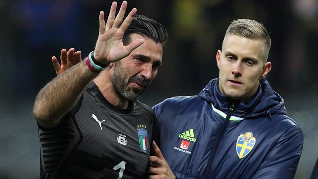 """En larmes, Buffon demande """"pardon"""" à l'Italie"""