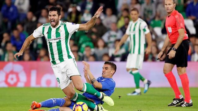 LaLiga denuncia cánticos en el Betis-Getafe y Deportivo-Atlético