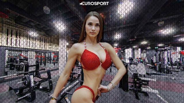 17 фоток чемпионки фитнес-бикини, которой ты захочешь показать свои тренажеры