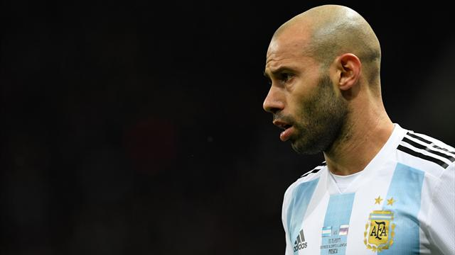 Mascherano sidelined for a month with hamstring injury