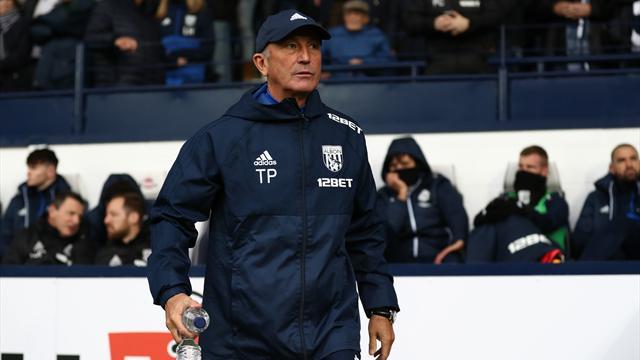 «Вест Бромвич» сократил основного тренера