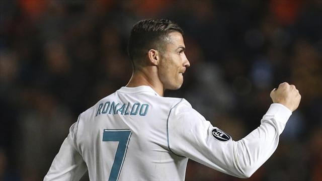 Real Madrid coach Zidane defends Benzema: He just needs a break