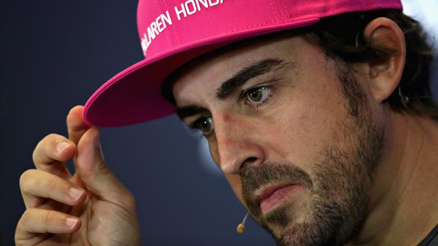 """Nelson Piquet se ceba con Alonso: """"Es malo trabajar con él, siempre hay lío donde está"""""""