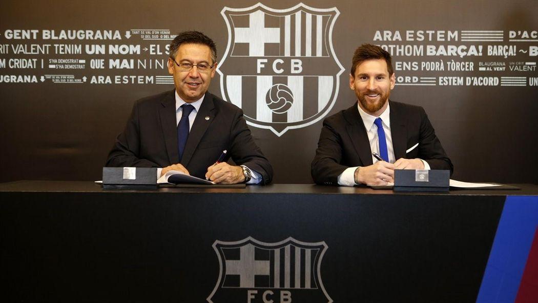 Lionel Messi s Barcelona contract  €100m bonus 476f3917d