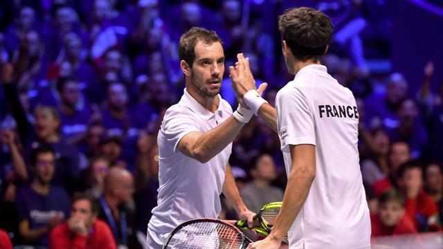Francia se lleva el dobles y se queda a un triunfo de conquistar la Davis (2-1)