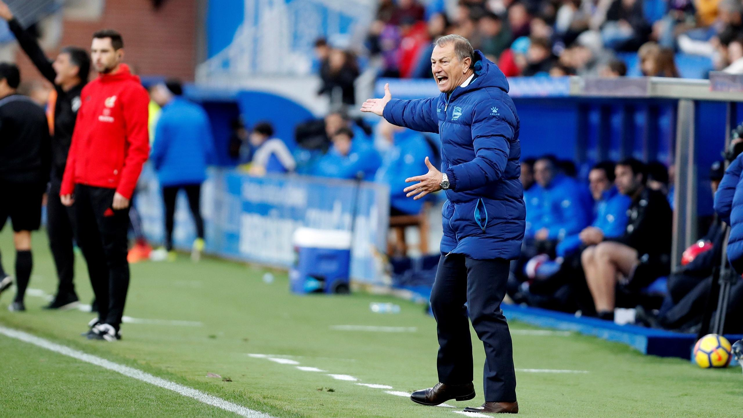 El Alavés destituye a Gianni De Biasi - Fútbol - Eurosport