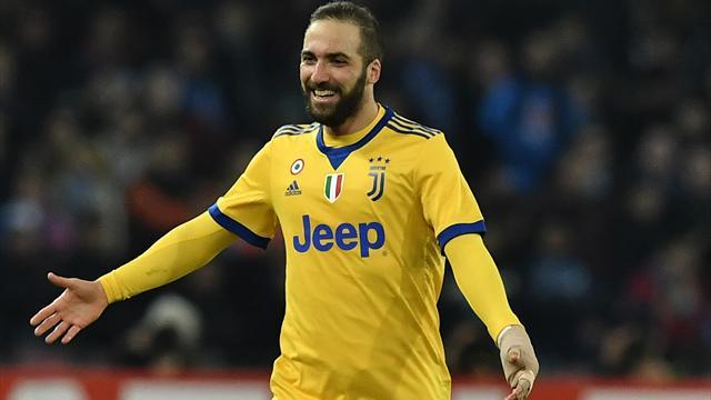 Edicola l'Italia celebra Higuain e la Juventus il resto del mondo commenta i Mondiali