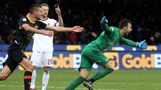 Le gardien de Benevento arrache le nul face au Milan (vidéo)