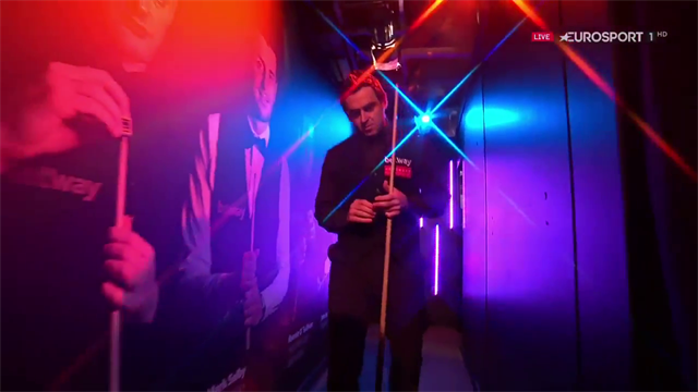 Ronnie O'Sullivan walks out to music picked by Eurosport fans