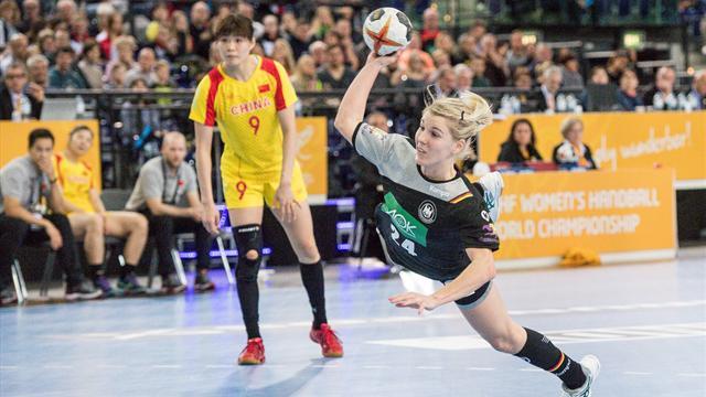 Kantersieg bei Heim-WM: Handballerinnen vor Gruppensieg