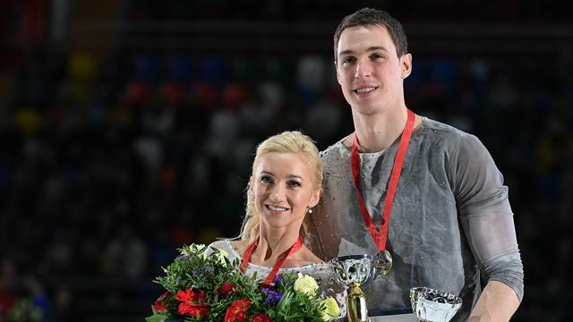 Grand-Prix-Finale: Savchenko und Massot vorn