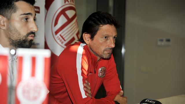Antalyaspor'da Leonardo dönemi kısa sürdü