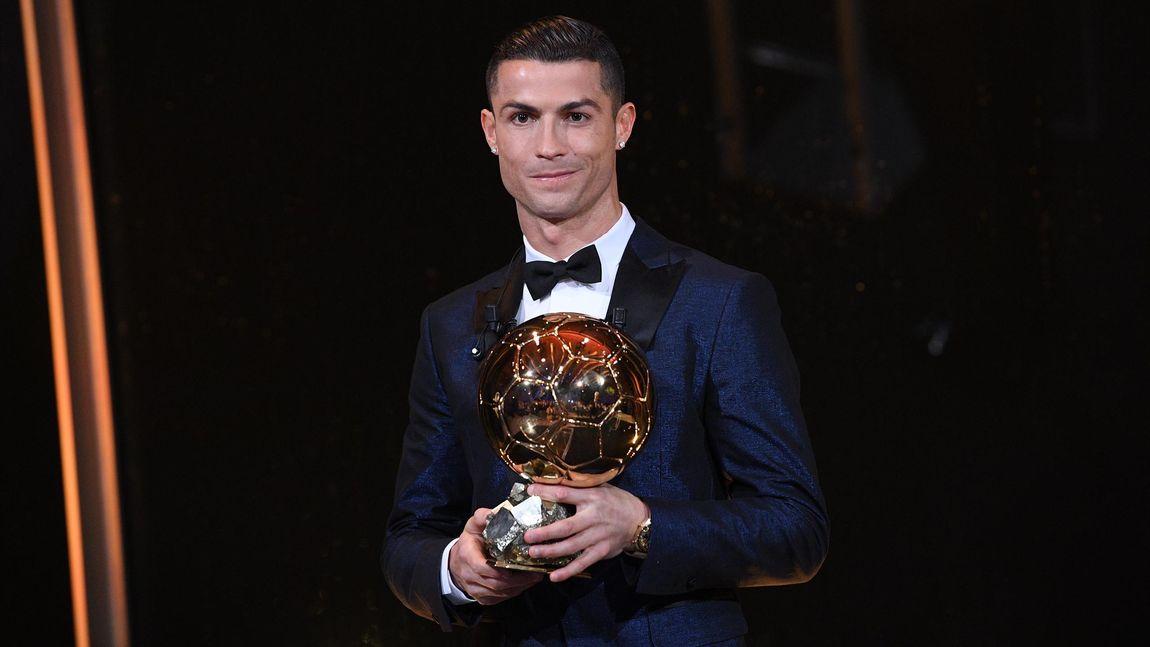 Cristiano Ronaldo décroche son 5e Ballon d'Or