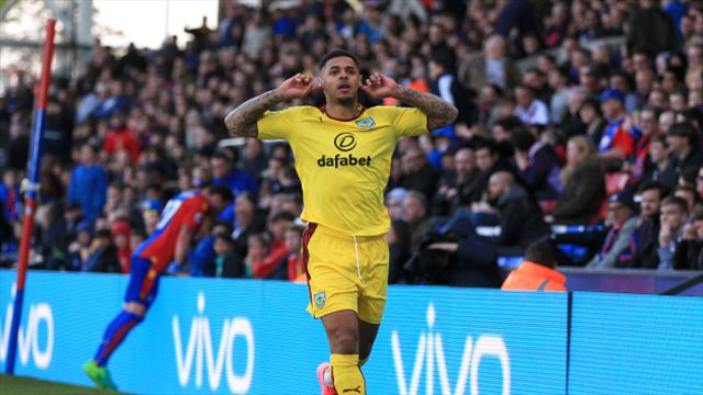 Andre Gray should have scored more goals at Watford - boss Marco Silva