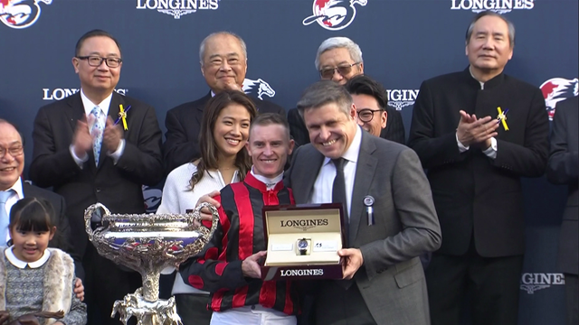 Time Warp cruises to victory in Longines Hong Kong Cup