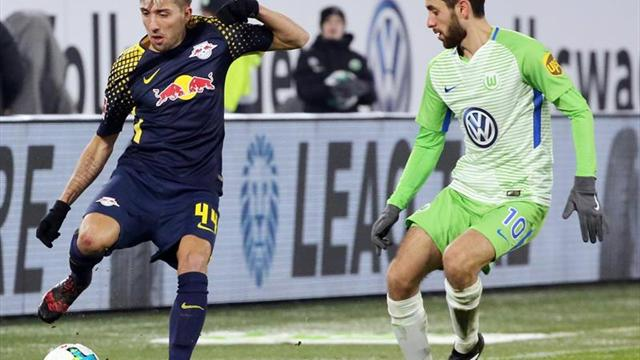 El Leipzig se atasca; Sokratis y Kagawa impulsan al Dortmund