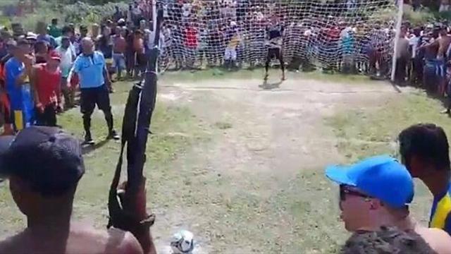 video-brazilskih-parney-den-medika-russkoe-porno