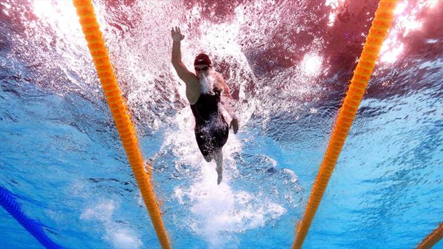 Katie Ledecky si supera ancora: polverizzato di 5 secondi il record nei 1500